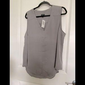 NWT Torrid gray frost V tank blouse